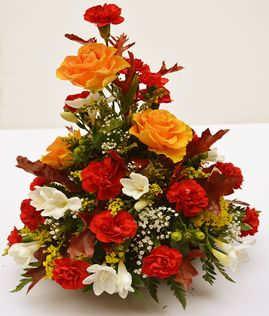 Simply Flowers Table Decoration 1
