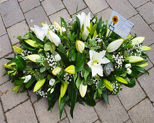 Casket Top Lillies